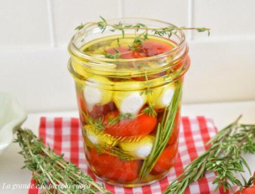 Mozzarella marynowana w oliwie i ziołach