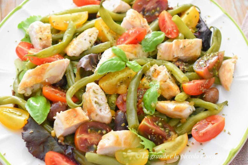 Przepis na sałatke z fasolką szparagową i kurczakiem