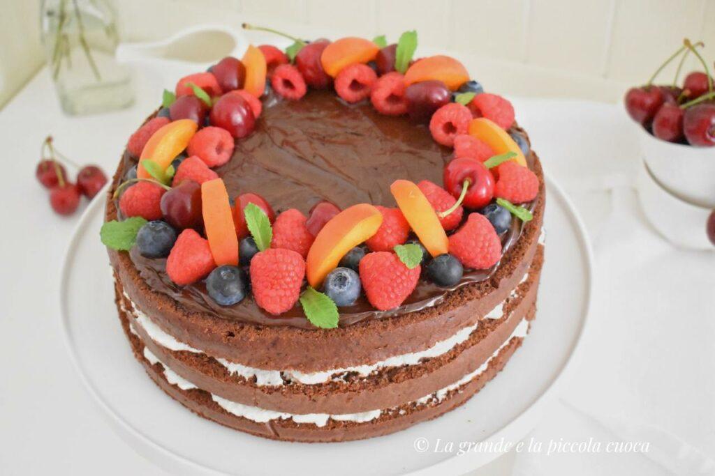 Tort Devil's food cake z kremem mascarpone
