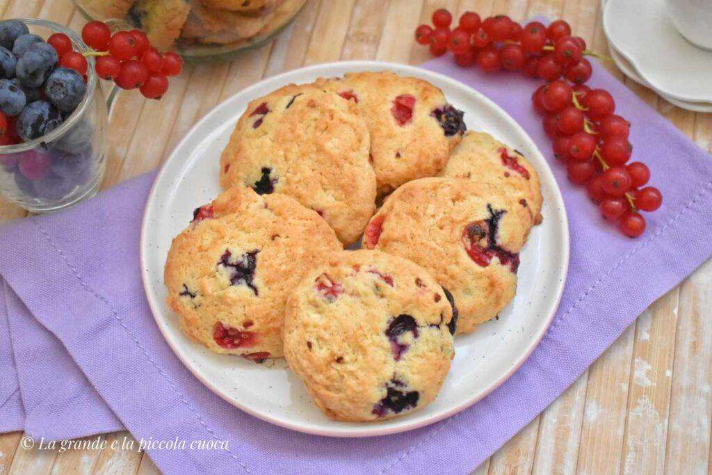 Maślane ciastka z owocami