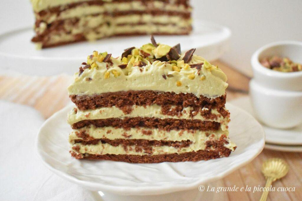 Przepis na tort czekoladowy z pistacjami